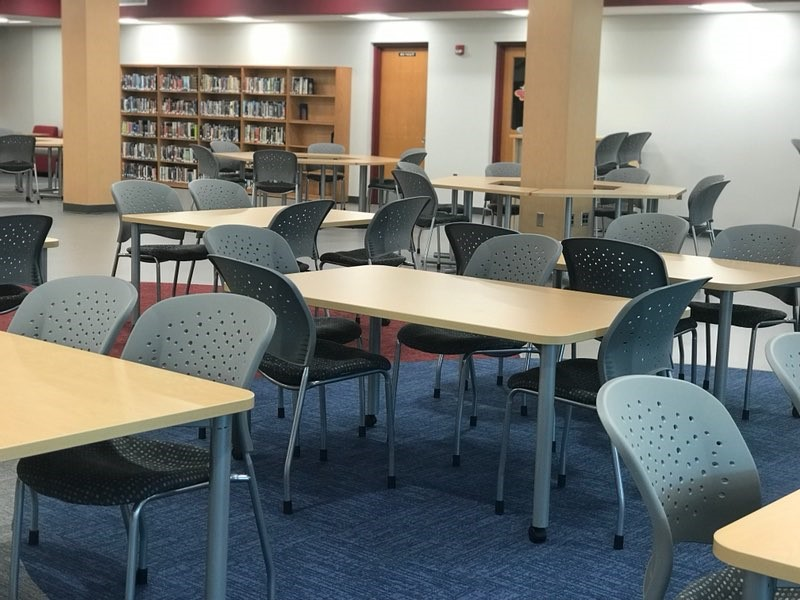 Library tables and seating